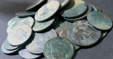 ensemble de monnaies moderne napoleon 3 trouvées en detection