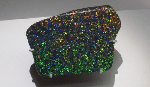 l'opale noire est l'opale australienne la plus recherché et chère du monde